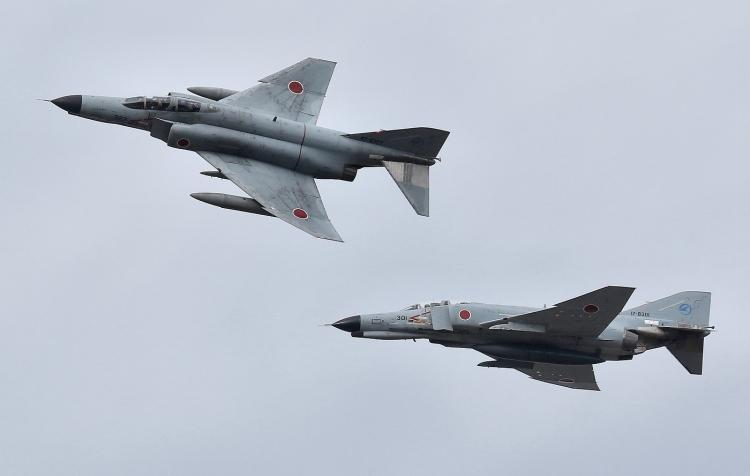 F-598.jpg