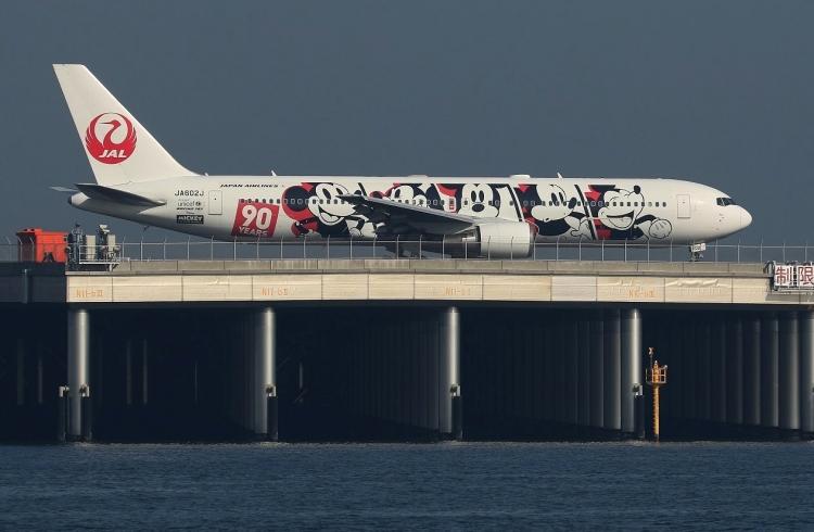 F-709.jpg