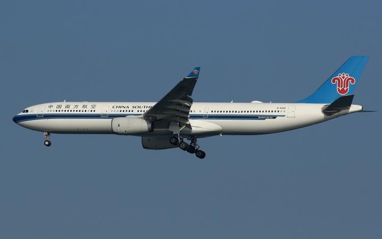 F-747.jpg
