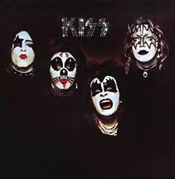 kiss 1st