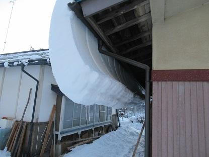屋根の雪2