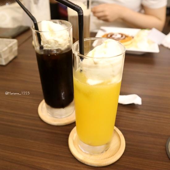 classicacafe5.jpg