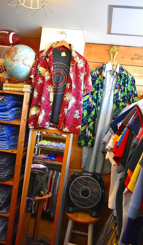 古着屋カチカチ店内画像夏物続々入荷&サマーセール中メンズレディースコーデ