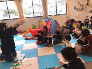 アリエッティの会,石巻,子育てひろば,親育て,子育て支援,絵本,読み聞かせ