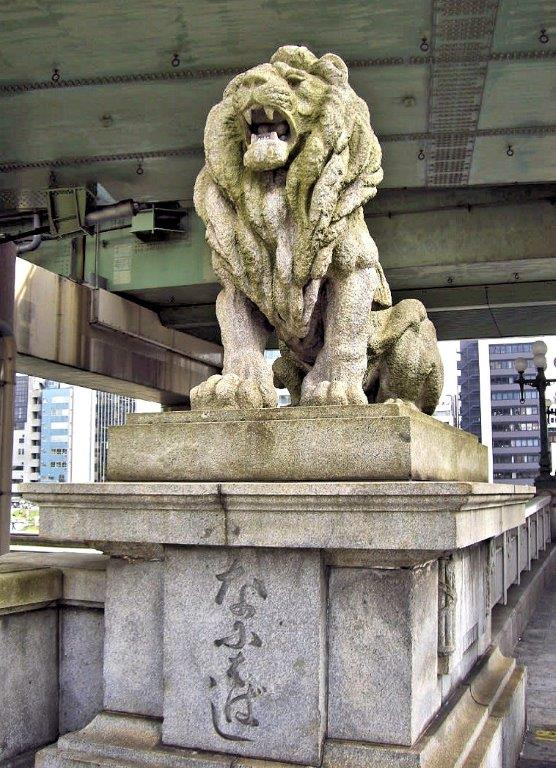 大阪中の島 難波橋・ライオン像