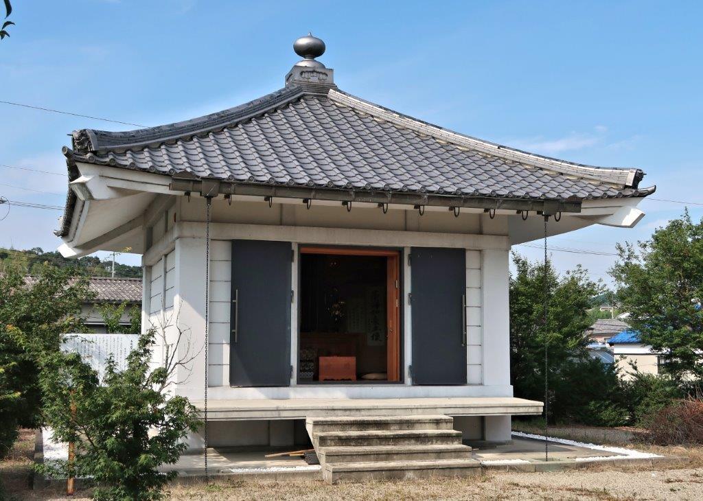 東明寺・収蔵庫
