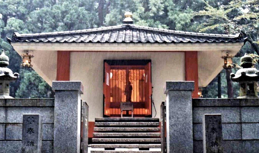 安居寺・聖観音像が安置される収蔵庫