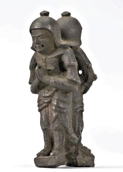 多治見市の長福寺で発見された銅造・双身毘沙門天像(平安)