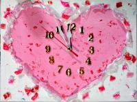 ペットボトルジュエリーで作るデザイン時計