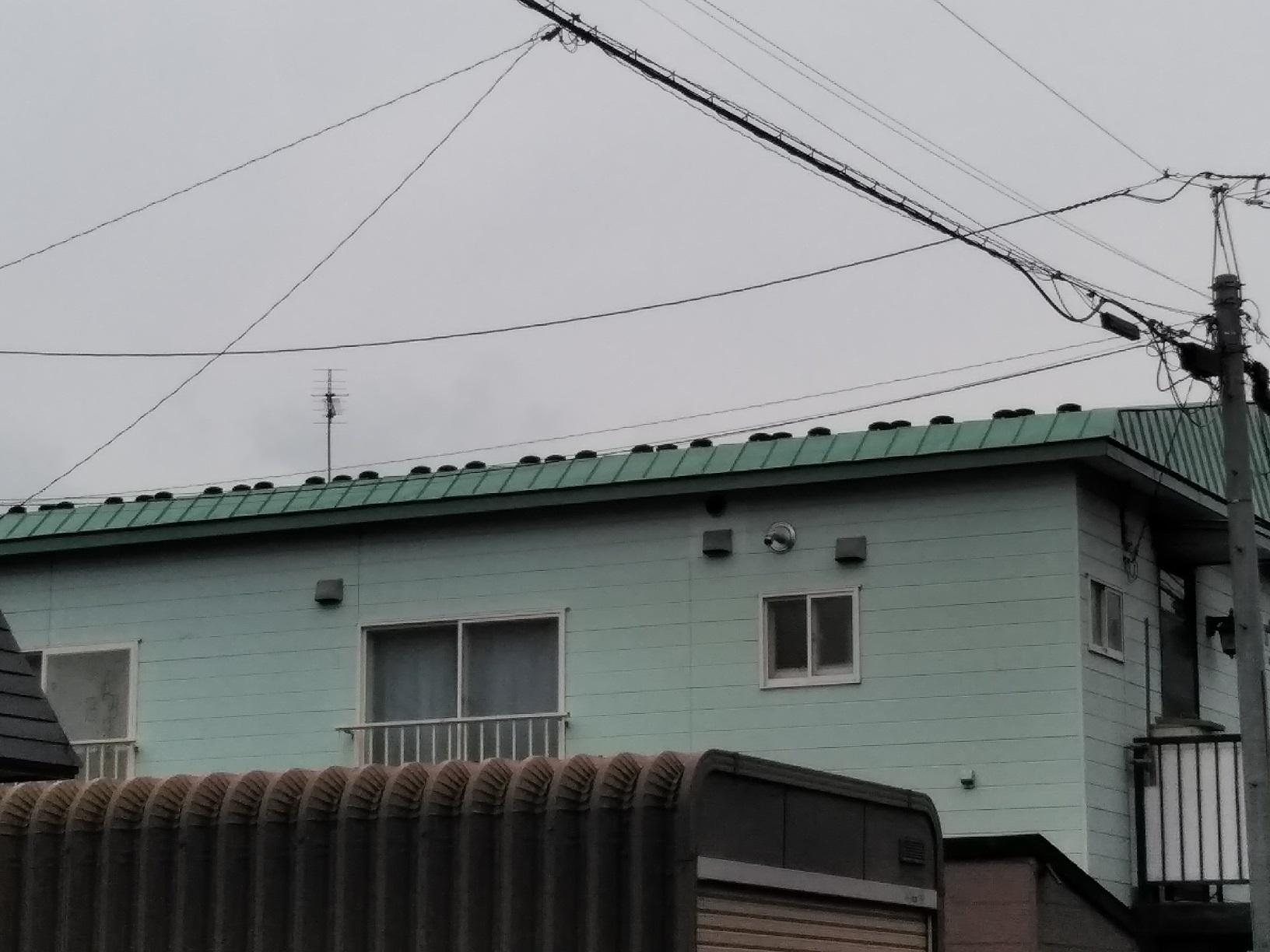 鳥取ハニウハイツ 雪留金具取り付け3