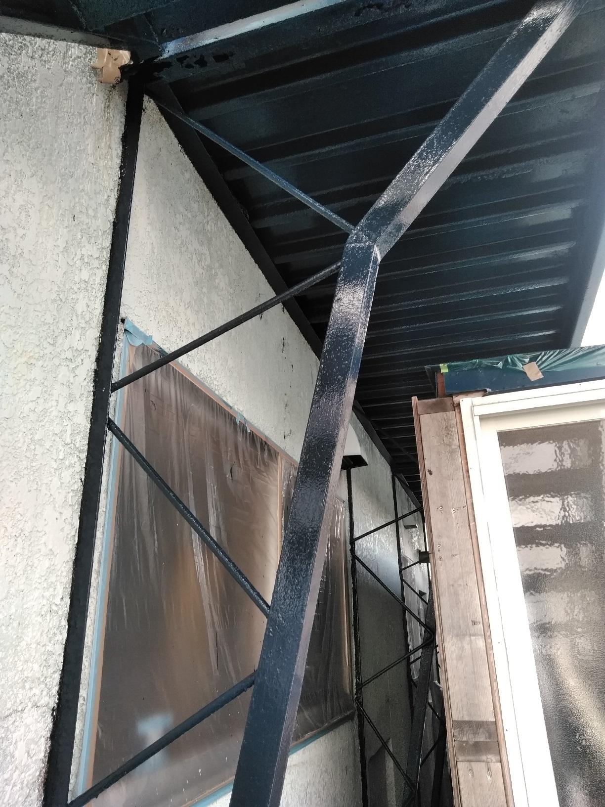 釧路町新開 S様マンション 鉄骨階段 上塗4