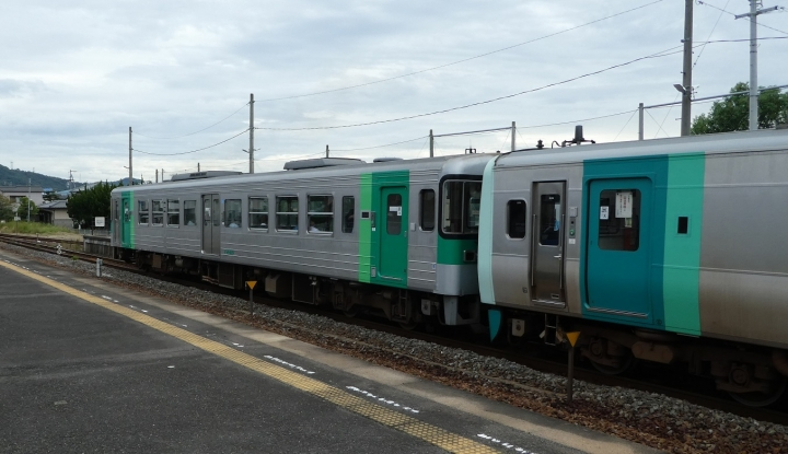 JR高徳線列車