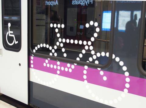 フィンランド 電車