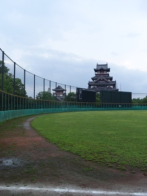 雨上がりの桃山城1907