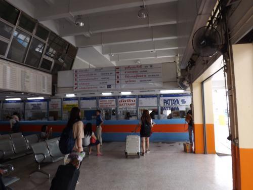 2016-06 エカマイ バスターミナル パタヤ往きチケット売り場