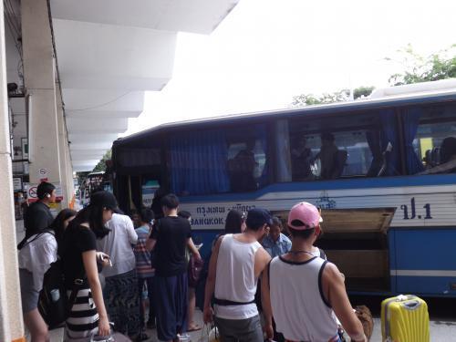 2016-06 バス乗車前