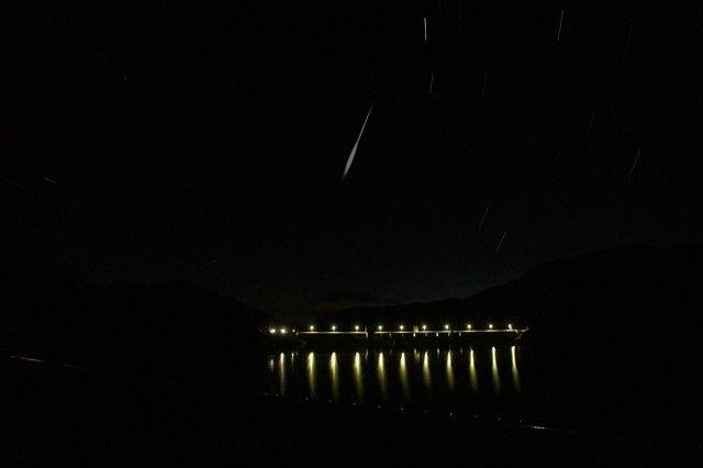 ペルセウス座流星観測 流星イメージ