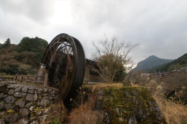 岩岳川の水車-2 0.3