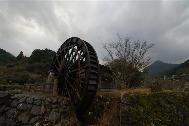 岩岳川の水車-1 1/200