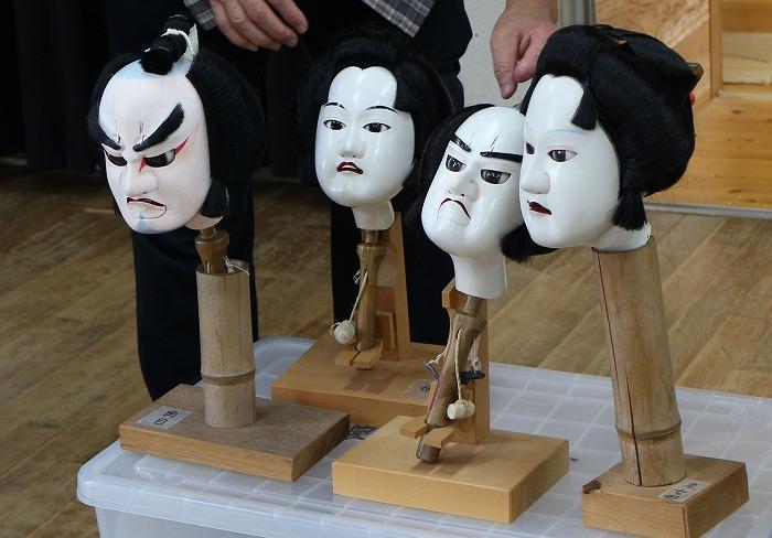 県に飾る人形の首 1 7 14