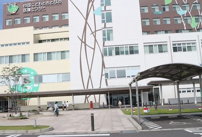 病院へ 母 1 7 16