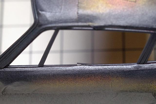 7102 窓枠損傷 640×430