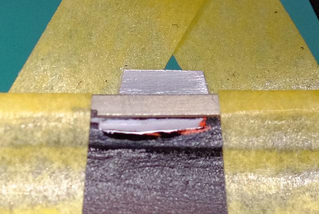 7116 窓枠補修瞬着固定 640×430