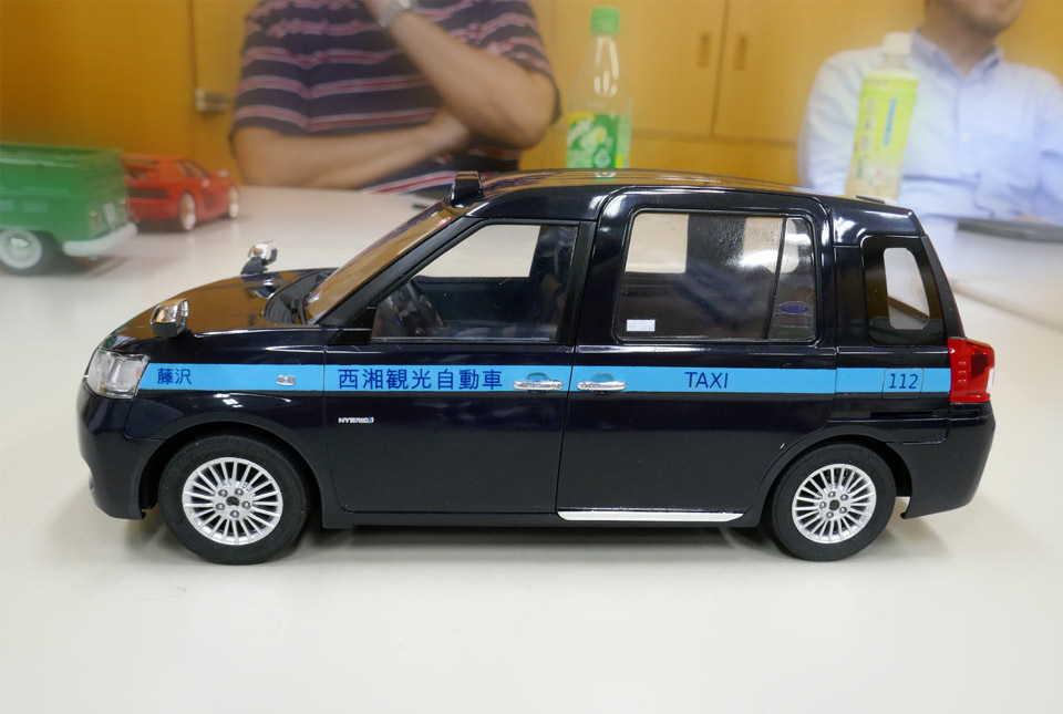 0049 ジャパン・タクシー 960×645