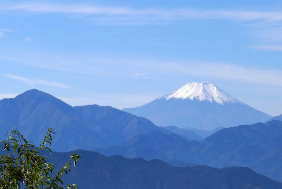 0427 高尾山からの富士 960×645