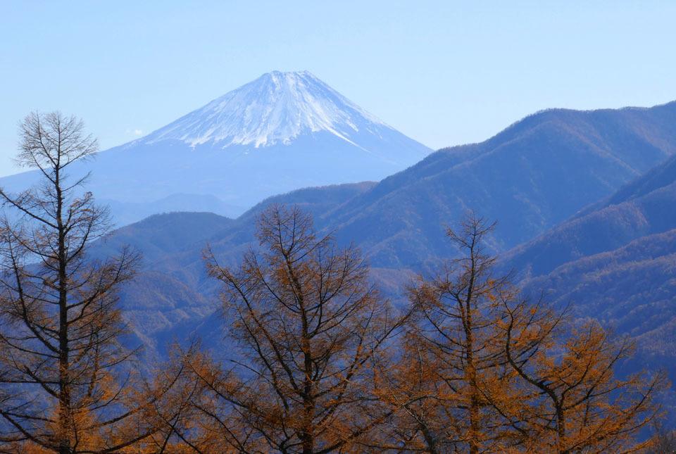 0636 日向山からの富士160mm相当 960×645