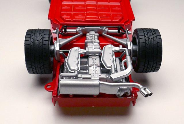0760 エンジン部周辺完成 640×430