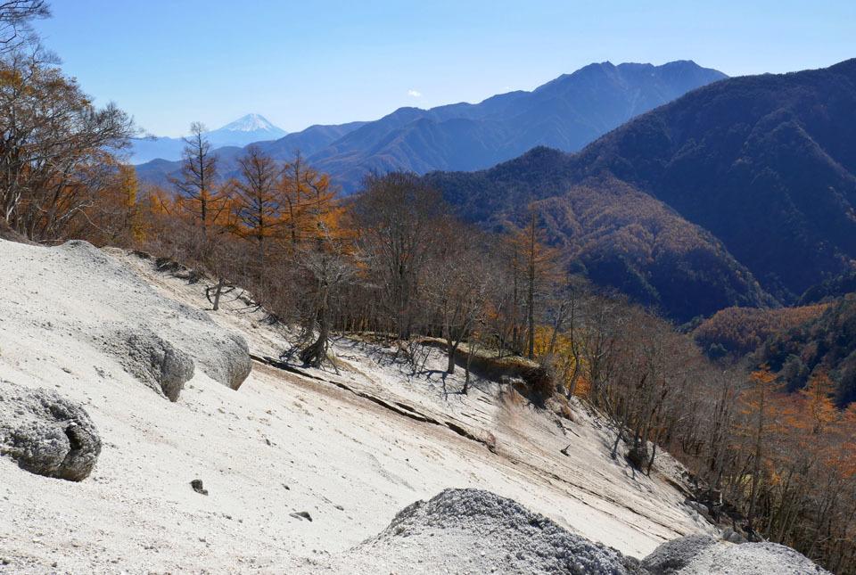 0640 雁ヶ原から富士を望む 960×645