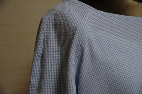 ラグランスリーブのプルオーバー 坂内鏡子 毎日着られる大人服