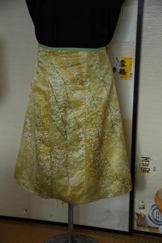着物リメイク 台形スカート