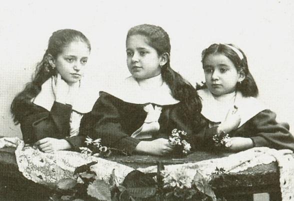 Kafka-sisters.jpg