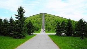 モエレ山の直線路