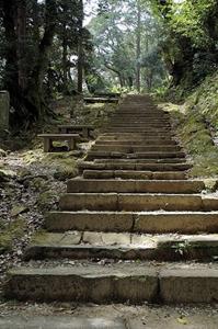 温泉寺の階段