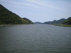 雄大な円山川