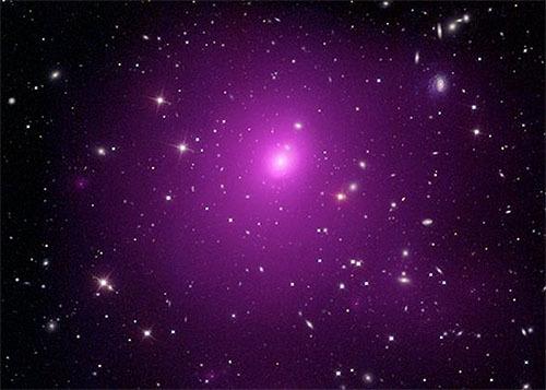 観測史上最大のブラックホールを発見