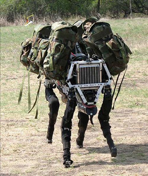 米陸軍「軍用ロボット犬」開発プロジェクト