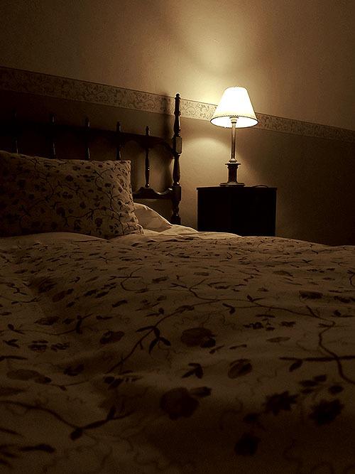 寝室の明るさが動脈硬化の進行と関連