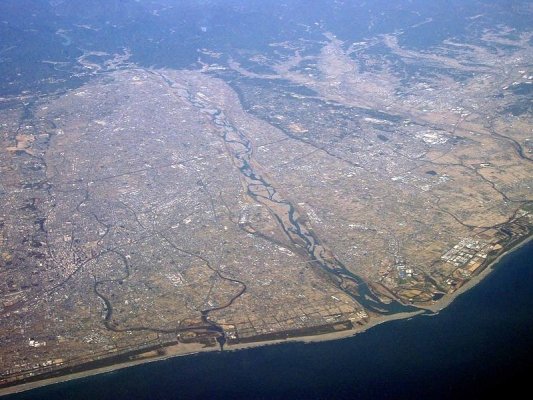800px-Tenryu_river_aerial_photo_202001310352554a3.jpg