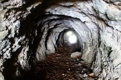 cave78578.jpg