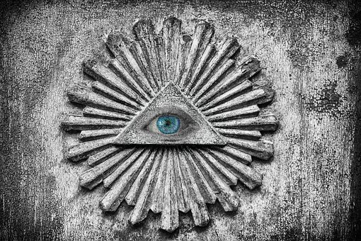 eye-3448137__340_201912280444396c9.jpg