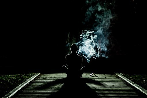 human_smoke-1031060__340.jpg