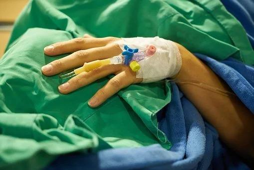 surgery-3031541__340.jpg