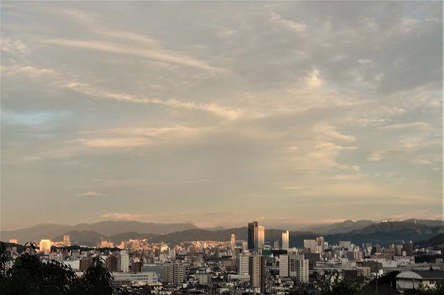 朝の広島1