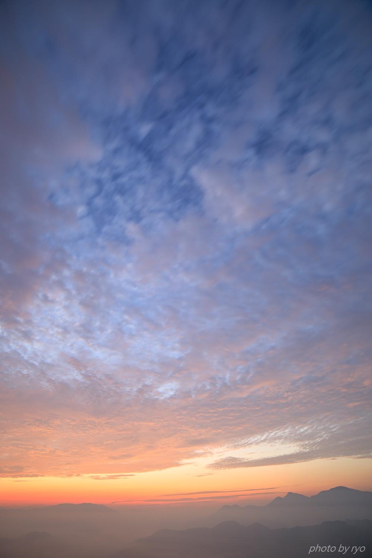 うろこ雲の季節へ_1