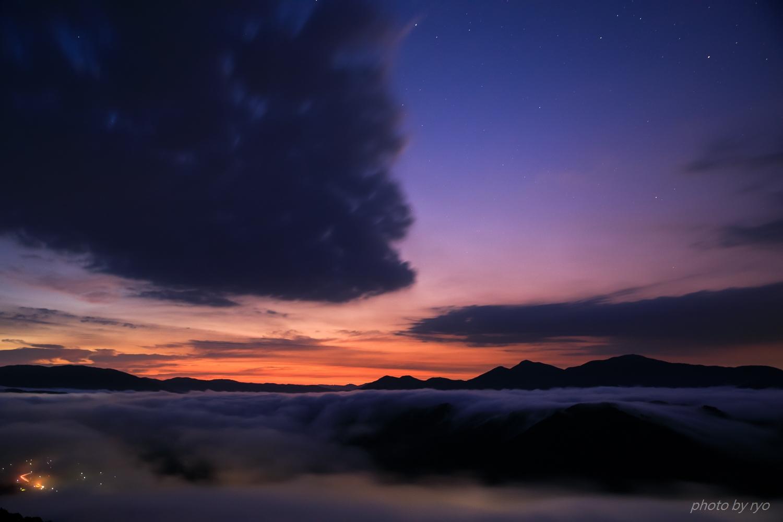 うろこ雲の空へと_1