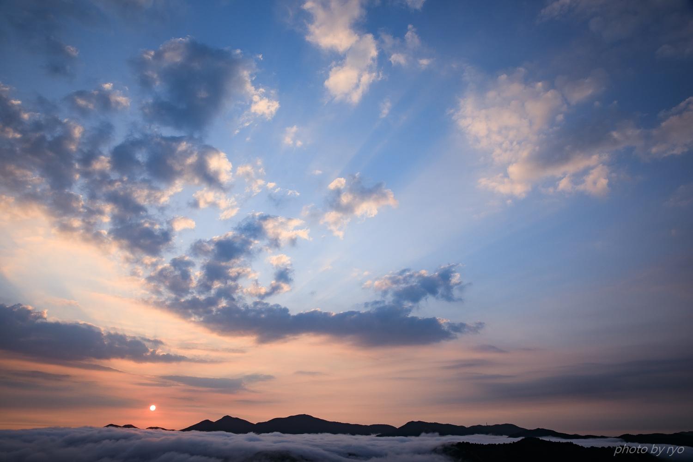 うろこ雲の空へと_4